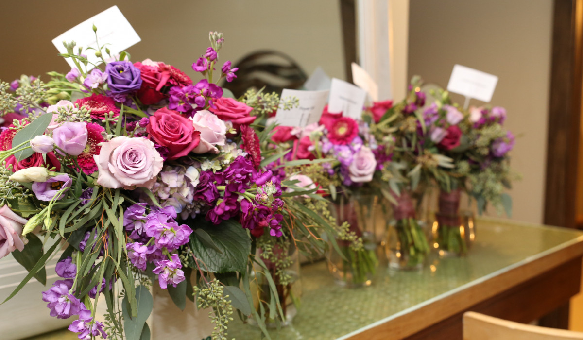<br /> <b>Notice</b>:  Undefined index: caption in <b>/mnt/target05/331796/816787/www.botanicawedding.com/web/content/assets/views/vendors/detail.php</b> on line <b>92</b><br />