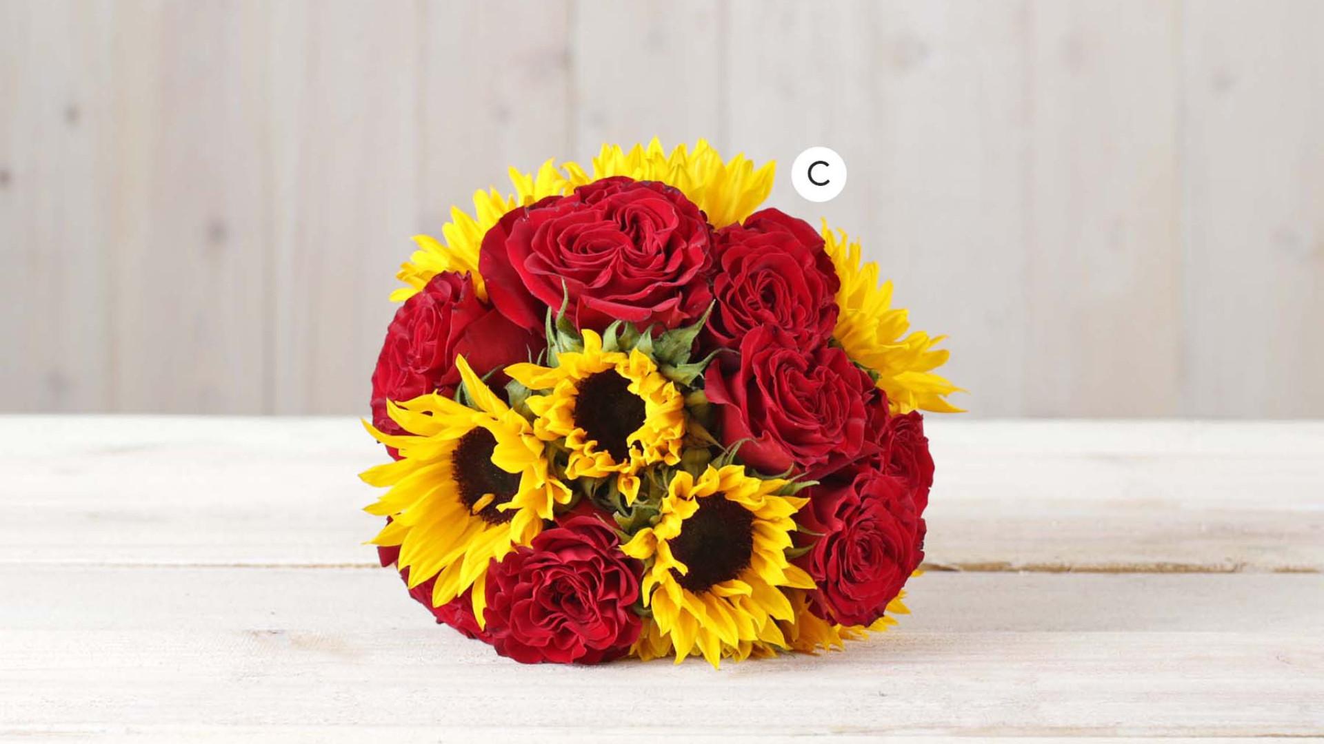 Summer Sunflowers Botanica Columbus Wedding Florist