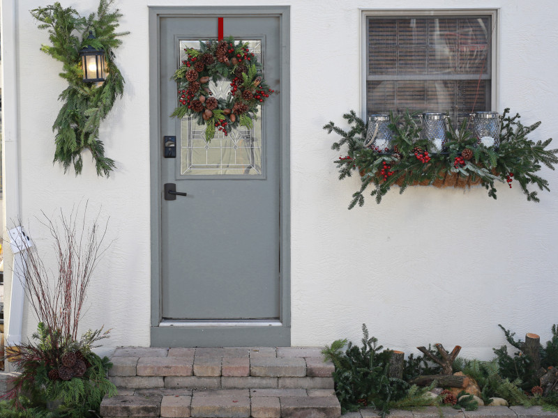 Winter Home Holiday Decor