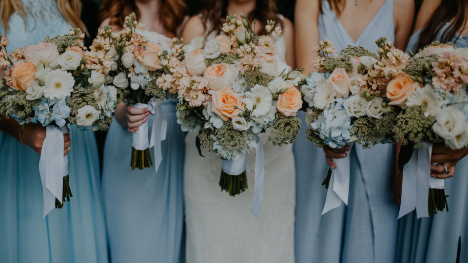 Peach & Soft Blue Wedding